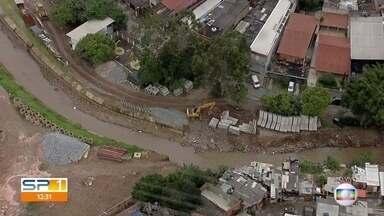 Obra contra enchentes em Osasco está atrasada - Prevista para 2017, ela ainda está em andamento