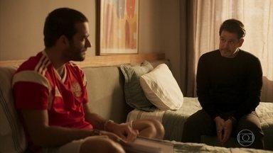 Raul questiona Sandro sobre Marconi - O empresário afirma que fará de tudo para proteger o filho
