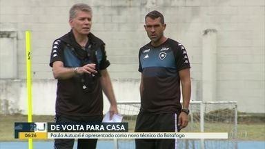 Flamengo é recebido com festa em Brasília e Botafogo apresenta Paulo Autuori - Vasco se apega ao brilho do artilheiro Germán Cano e Boavista e Volta Redonda fazem a semifinal da Taça Guanabara.
