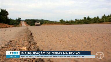 Presidente Jair Bolsonaro inaugura trecho da BR-163, no Pará - Cerimônia contou com a presença do governador Helder Barbalho e prefeitos de cidades da região.
