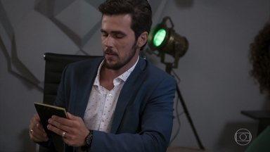 Rafael marca um encontro com Renzo - Renatinha tenta seduzir o noivo de Kyra. Lúcia se preocupa com a aproximação entre Renzo e Rafael