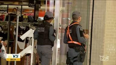 Polícia Militar monta esquema de segurança para carnaval em Imperatriz - Mais de oitocentos policiais vão atuar em toda a região, nos pontos de concentração de foliões, nas ruas e nas estradas, com o reforço das barreiras