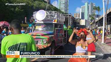 Pré-Carnaval Furdunço acontece em Salvador e leva muita gente para a festa - Muita gente curtiu a festa fantasiada. O circuito saiu de Ondina e foi até o Farol da Barra.