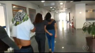 Polícia do Rio de Janeiro prende quadrilha acusada de agiotagem - Segundo as investigações, dois ex-policiais militares e as mulheres deles extorquiram R$ 3 milhões nos últimos dois anos.