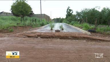 Chuvas agravam problemas de falta de saneamento em Balsas - Com a chuva, os problemas relacionados a falta de saneamento básico se agravam no município.