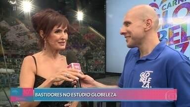 Fátima Bernardes conta como escolhe os looks de carnaval - Alex Escobar brinca que leva menos tempo para arrumar o cabelo do que a apresentadora