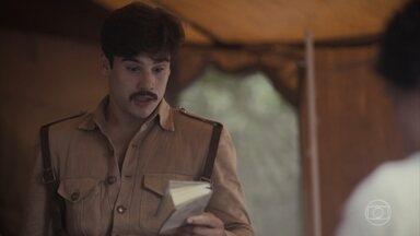 Alfredo se sente culpado pela morte de Tião - Ele se descontrola e Inês sofre ao ver o estado dele