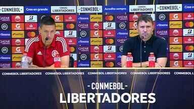 Confira a entrevista coletiva de Musto e Coudet após vitória contra o Tolima - Assista ao vídeo.