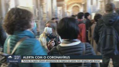 Moradores da região pensam em mudar data de viagens aos países com coronavírus - Ministério da Saúde comprovou o primeiro caso da doença no país. Turistas que estiveram na Itália contam o que mudou na rotina.