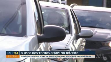 """O risco dos """"pontos cegos"""" no trânsito - #MeioDiaPR foi em busca de orientações para motoristas e motociclistas."""