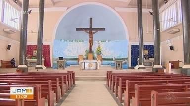 Cristãos usam o período da Quaresma para reflexão - Muitos pagam penitencias em preparação para Páscoa.