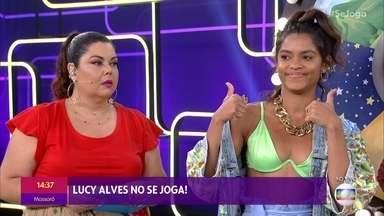Lucy Alves participa de roleta de forró - Atriz e cantora relembra festas de São João de sua infância