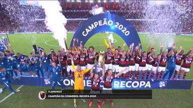 Flamengo conquista a Recopa e levanta a terceira taça na temporada - No Maracanã, o Flamengo derrotou o Independiente Del Valle na final da Recopa Sul-Americana por 3 a 0. Em 11 dias, o rubro-negro conquistou três campeonatos.
