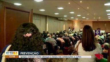 Coronavírus: religiosos do Norte e Noroeste do ES orientam evitar contato nas igrejas - Medidas estão sendo tomadas dentro das igrejas, como evitar dar as mãos e o abraço da paz.