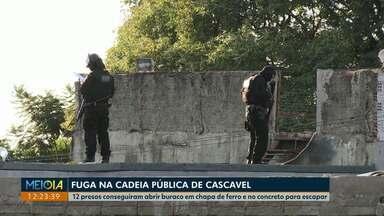 12 presos fogem da carceragem da cadeia pública de Cascavel - A fuga aconteceu durante a madrugada de sábado (01). Até o momento, nenhum preso foi encontrado.