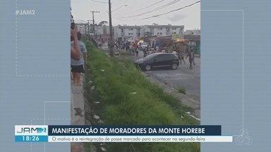 Após notificação de reintegração de posse, moradores do Monte Horebe protestam - Reintegração está marcada para segunda-feira.