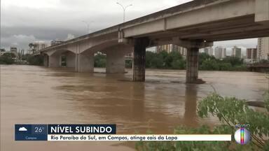 Nível do Rio Paraíba do Sul, em Campos, RJ, atinge cais da Lapa - Na medição das 7h15, o rio atingiu a cota de 9,02m. O nível do rio vem subindo desde a última sexta-feira (28).