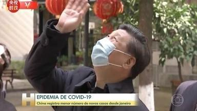 Companhias aéreas de vários países cancelam voos para Itália - China registra menor número de novos casos desde janeiro. Num gesto simbólico, o presidente chinês Xi Jinping foi até a cidade de Wuhan, onde o vírus nasceu. Ver o presidente pela primeira vez na cidade-natal da epidemia mostra que o pior pode ter ficado para trás.