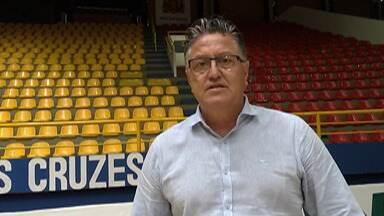 Gestor do Mogi Basquete e secretário de Esportes fala sobre o retorno do time - Jogadores estão afastados da quadra por prevenção ao coronavírus.