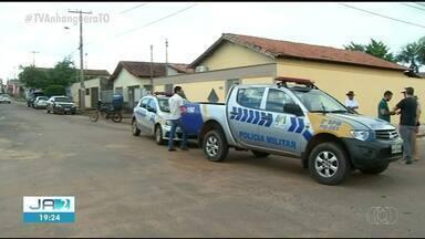 Homem é morto a tiros no meio da rua em Araguaína - Homem é morto a tiros no meio da rua em Araguaína