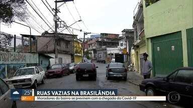Moradores da Brasilândia se previnem com a chegada da Covid-19 - Um dos locais mais mais populosos da capital está com as ruas mais vazias. O comércio da Brasilândia já sente os efeitos do novo coronavírus.