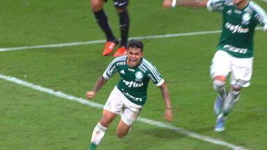 Gol do Palmeiras! Dudu pega sobra na área e empurra para as redes, aos 40 do 2º - Gol do Palmeiras! Dudu pega sobra na área e empurra para as redes, aos 40 do 2º