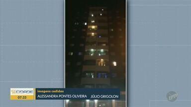 Em Valinhos, moradores cantam parabéns para jovem de 18 anos nas sacadas de condomínio - Homenagem foi feita em meio ao isolamento social ocasionado pela pandemia de Covid-19.