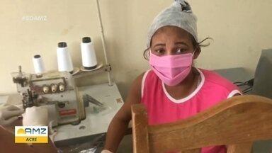 No Acre, com a falta de máscaras no comércio local, detentas produzem mais de mil unidades - Medida deve ajudar no combate ao covid-19