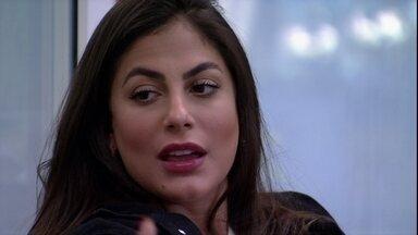 Mari questiona Flayslane: 'A única qualidade que você acha que eu tenho é parceira?' - Mari questiona Flayslane: 'A única qualidade que você acha que eu tenho é parceira?'
