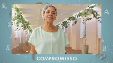 Coronavírus: mensagens de compromisso de farmacêutica e auxiliar de higiene - Profissionais que continuam trabalhando dão recado sobre pandemia.