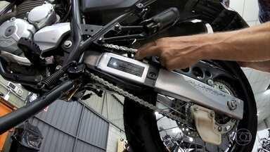Como regular a corrente da moto em casa - Como regular a corrente da moto em casa