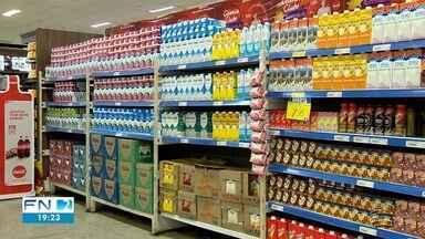 Preço do leite dispara em supermercados de Presidente Prudente - Litro do produto de caixinha é encontrado a mais de R$ 5 em alguns locais.