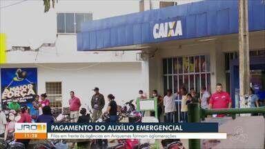 Pagamento da nova rodada do auxílio emergencial no Estado - Filas em frente à agências formam aglomerações
