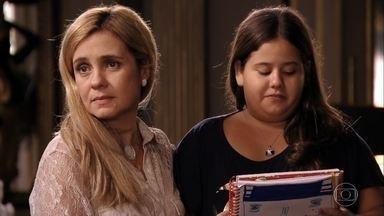Carminha usa Ágatha para tentar comover Tufão - Leleco e o filho voltam para a mansão depois de escutarem toda a história de Nina sobre a vilã e seu comparsa