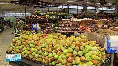 Supermercados apresentam aumento nos preços dos produtos em Caruaru - Reportagem foi conferir o que motivou o acréscimo.
