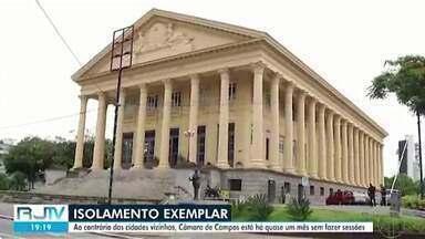 Vereadores de Campos estão há quase um mês sem realizar sessão legislativa - Nem mesmo sessão virtual foi realizada na Câmara do município.