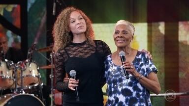 Reveja apresentação de Dionne Warwick no Domingão - A grande cantora foi destaque no Domingão em 2018
