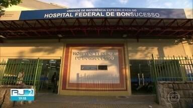 Autoridades dizem que 90% dos leitos estão ocupados, mas faltam vagas em UTI nos hospitais - Em contradição ao levantamento adquirido pelo RJ2, os principais hospitais públicos da capital revelam estar com suas UTIs lotadas.