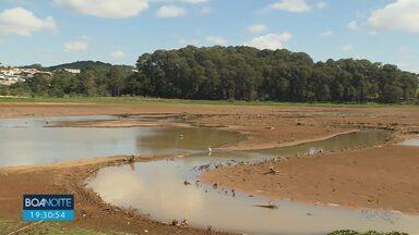 Represa do Passaúna está seca por causa da falta de chuva - Março foi o mês mais seco, choveu 9% do que era previsto.