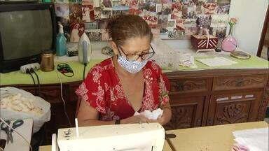 Ex-alunas do Senar produzem máscaras para doar à população do campo - Senar espera produzir cinco mil máscaras em 15 dias na regional de Montes Claros.