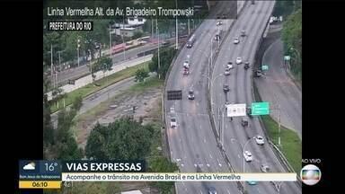 Confira a previsão do tempo para esta segunda-feira (4) e o trânsito em toda cidade - Movimento na ponte , na linha vermelha , BR-101, Av Brasil. Previsão do tempo com tempo firme no começo da semana.