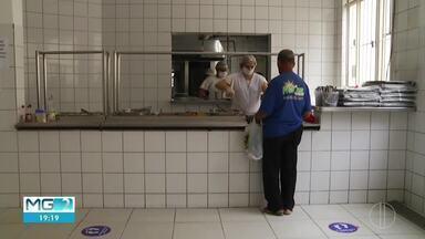 Restaurante popular é reaberto em Governador Valadares - Local foi fechado no dia 20 de março devido ao coronavírus. restaurante volta a funcionar, mas medidas de prevenção à doença devem ser colocadas em prática.