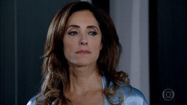 Tereza Cristina serve um rato morto para Patrícia - Marilda deixa escapar para Tereza Cristina que Patrícia está grávida