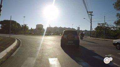 TV TEM mostra como está o movimento de veículos em Sorocaba - Na semana passada, Sorocaba (SP) não chegou a 50% de isolamento em nenhum dia. Os motoristas continuam circulando normalmente pela cidade.