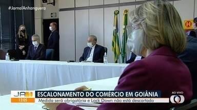 Secretário de Segurança estuda lockdown se taxa de isolamento não subir em Goiás - Escalonamento dos horários de funcionamento do comércio deve começar nesta semana em Goiânia.