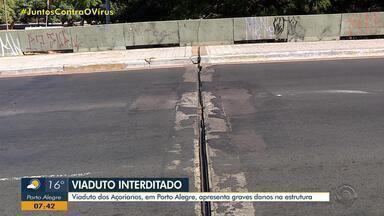 Viaduto dos Açorianos é interditado por 'grave dano estrutural' em Porto Alegre - Vistoria foi feita no local e constatou anormalidades. Para solucionar problemas identificados, serão realizadas, futuramente, obras de recuperação. Prefeitura contratou empresa para execução do projeto.