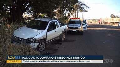 Policial Rodoviário é preso por tráfico - Ele foi parado pela Polícia Militar e estava com maconha no carro.