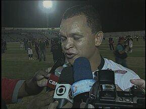 Botafogo-PB vira para cima do Treze em pleno Amigão e é campeão paraibano de 2013 - Belo surpreende em Campina Grande, faz 3 a 0 no Galo da Borborema e encerra longo jejum sem conquistas do estadual. Relembre essa partida marcante!