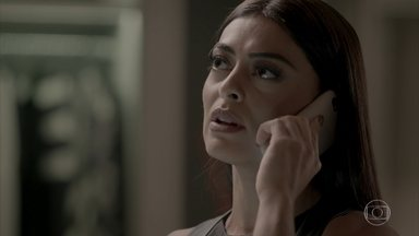 Cassandra garante a Carolina que vai tirar Eliza do concurso - Pietro questiona Carolina sobre o teste de gravidez. A editora garante ao amigo que não vai sabotar Eliza. Arthur e Max dão as últimas orientações a Eliza