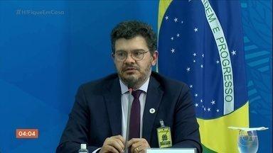 Brasil registra 881 mortes por Covid-19 nas últimas 24 horas - O país já tem 12,4 mil mortes. SP está perto de alcançar a marca de quatro mil óbitos.